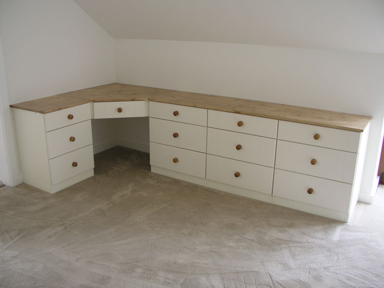 Set Of Drawers With Integral Corner Dressing Unit Top Is Finished In